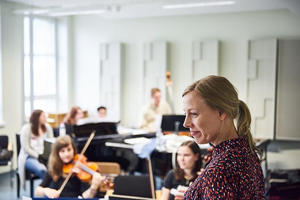 Kapellimestari ja orkesteri