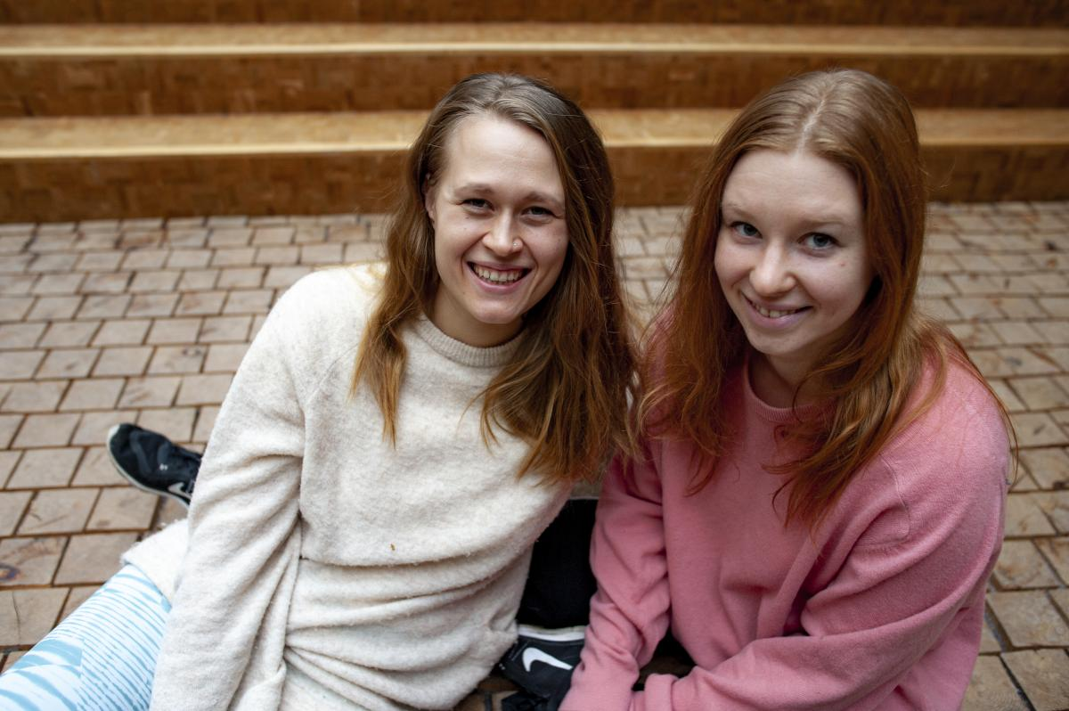 Johanna Karlberg and Sanni Kriikku looking at the camera.