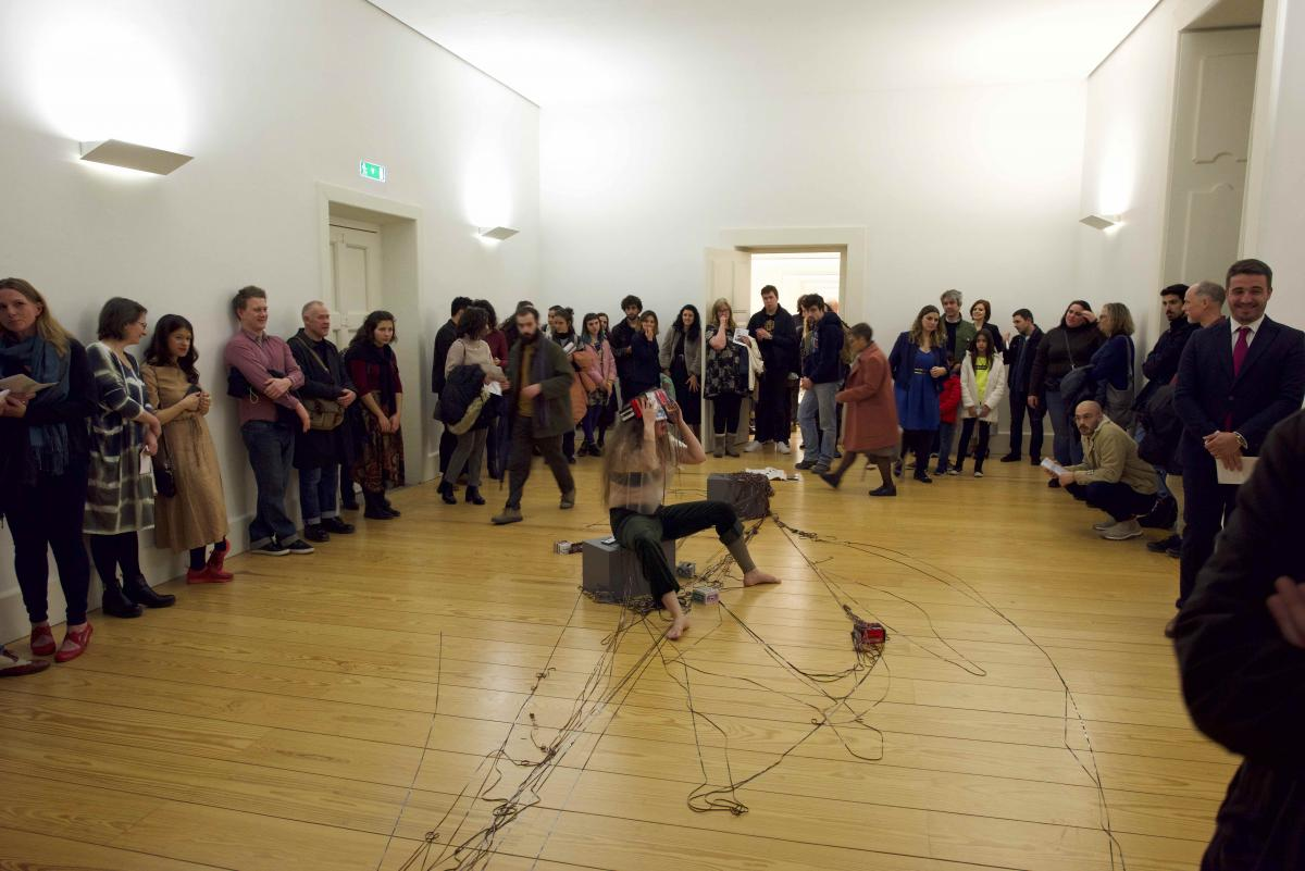 In the photo Suvi Tuominen is performing at Santo Tirso Museum of Contemporary Sculpture